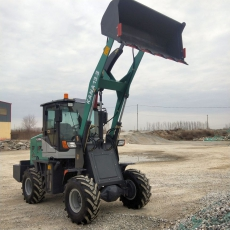 KANA H13.3 Allrad 4x4 Radlader wendiger Hoflader mit 1,3 Tonnen Hubkraft und 3,6m Hubhöhe