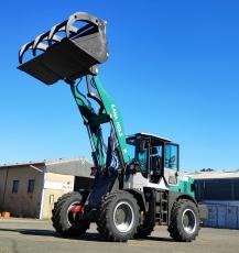 KANA H23.5 mit 2,3 Tonnen Hubkraft, Allrad Radlader mit Wandlergetriebe, Schnellwechsler und kraftvollem 4 Zylinder Diesel Motor